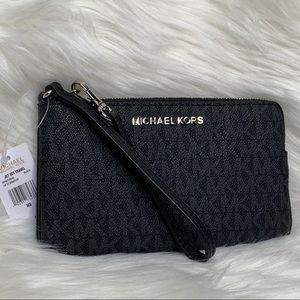 MICHAEL KORS large black wristlet